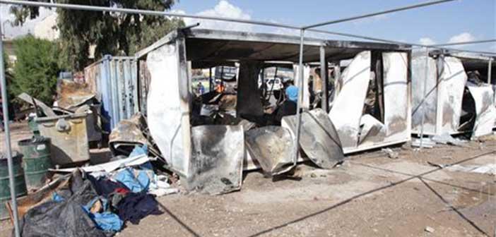 Χίος: Επεισόδια, φωτιές και βεγγαλικά σε κέντρο φιλοξενίας προσφύγων