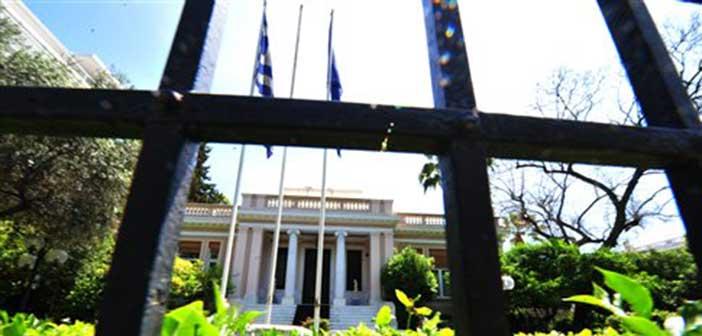 Λύση, παρά εκλογές, προκρίνει η κυβέρνηση για την αξιολόγηση