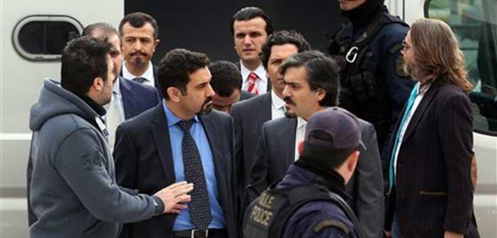 Νέο αίτημα της Άγκυρας για έκδοση των 8 Τούρκων αξιωματικών