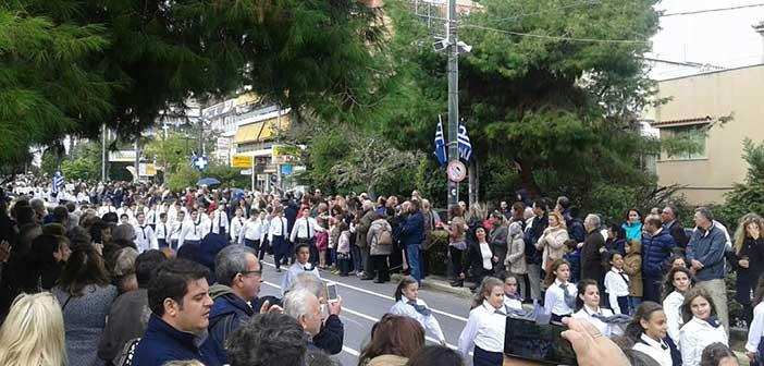 Χωριστές παρελάσεις για την 25η Μαρτίου σε Λυκόβρυση και Πεύκη