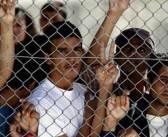 Σε απεργία πείνας για 3η ημέρα 12 Σύροι στη Μόρια
