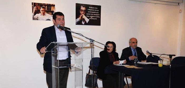 Φόρο τιμής στον Μανόλη Αναγνωστάκη απέδωσε ο Δήμος Λυκόβρυσης – Πεύκης