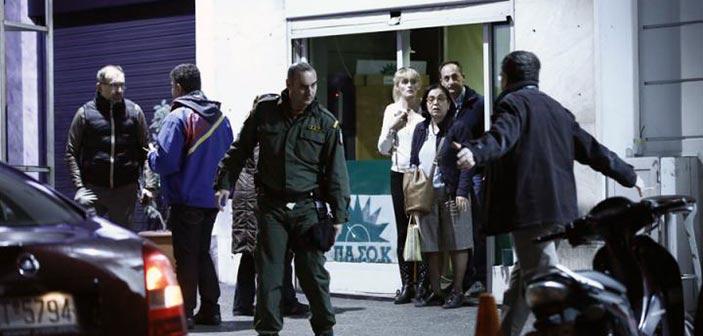 Επίθεση στη Χαριλάου Τρικούπη: Στόχος οι αστυνομικοί λέει η ΕΛ.ΑΣ.