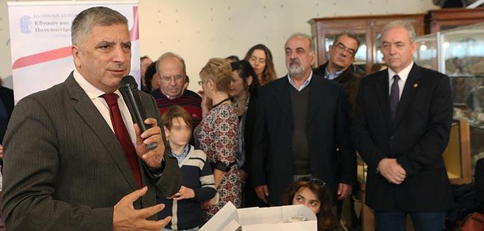 Ο πρόεδρος της ΚΕΔΕ στην κοπή πίτας του Τμήματος Γεωλογίας ΕΚΠΑ
