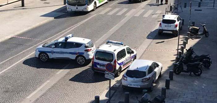 Μασσαλία: Κουκουλοφόροι με καλάσνικοφ άνοιξαν πυρ κατά πλήθους