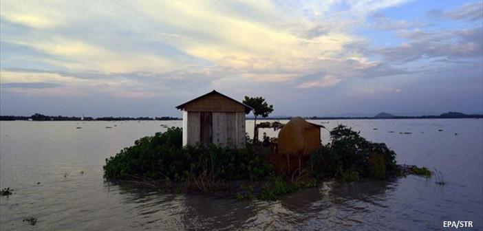 Ινδία: 49 νεκροί από τις καταρρακτώδεις βροχές