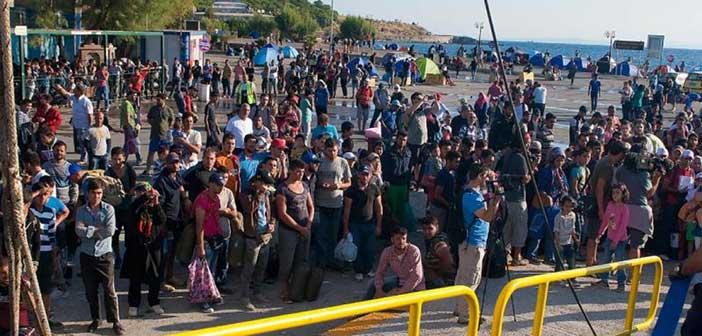 Περισσότεροι από 10.000 πρόσφυγες εγκλωβισμένοι στη Λέσβο