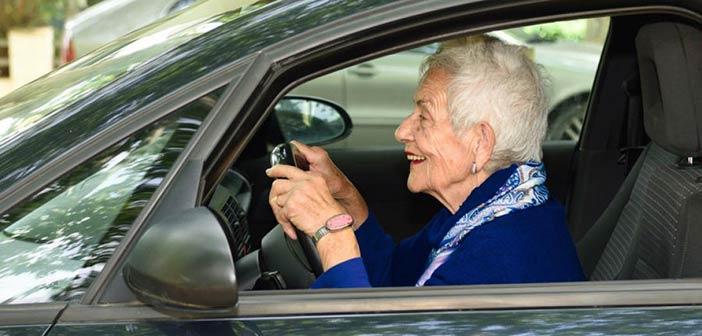 Ξανά για δίπλωμα πρέπει να δώσουν οι οδηγοί άνω των 74 ετών
