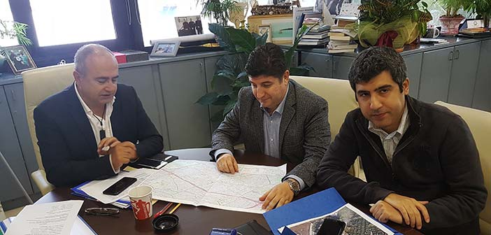 Σύνδεση δημοτικών κτηρίων και σχολείων του Ηρακλείου Αττικής με το δίκτυο φυσικού αερίου προωθεί ο Ν. Μπάμπαλος