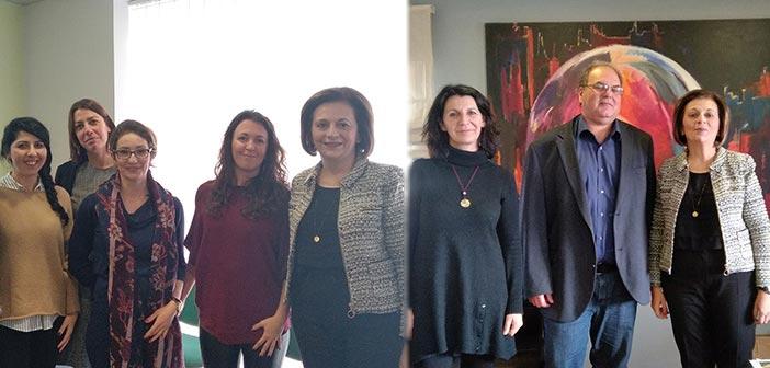 Στο Συμβουλευτικό Κέντρο Γυναικών Δήμου Χαλανδρίου η υφυπουργός Εσωτερικών – Συνάντηση και με τον δήμαρχο