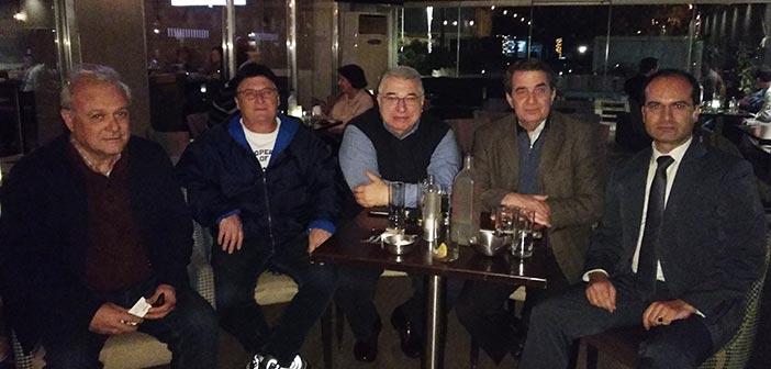Συνάντηση Κ. Τίγκα με τον πρόεδρο και τον αντιπρόεδρο του Ο.Φ. Χολαργού