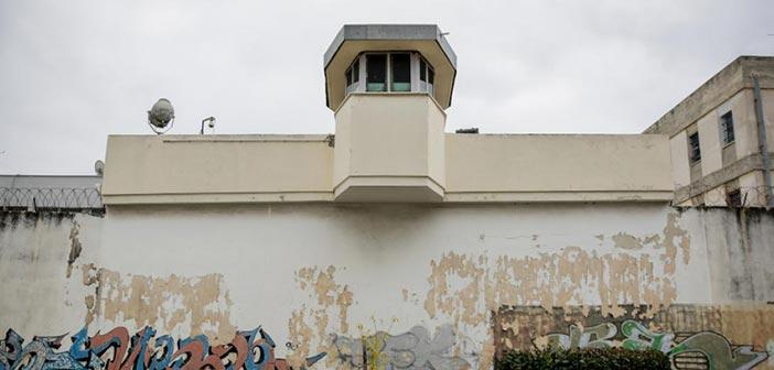 Μίνι καζίνο και μηχανές εσπρέσο στις φυλακές Κορυδαλλού – Τι βρέθηκε στην έρευνα των ΕΚΑΜ