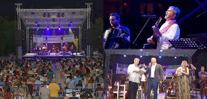 Εξαιρετική μουσική βραδιά με τον Γιώργο Νταλάρα στο Φεστιβάλ Δήμου Αμαρουσίου