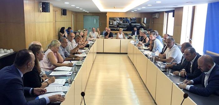 Ο Γ. Πατούλης σε σύσκεψη για την αποκατάσταση των πυρόπληκτων περιοχών σε Μάτι και Ραφήνα