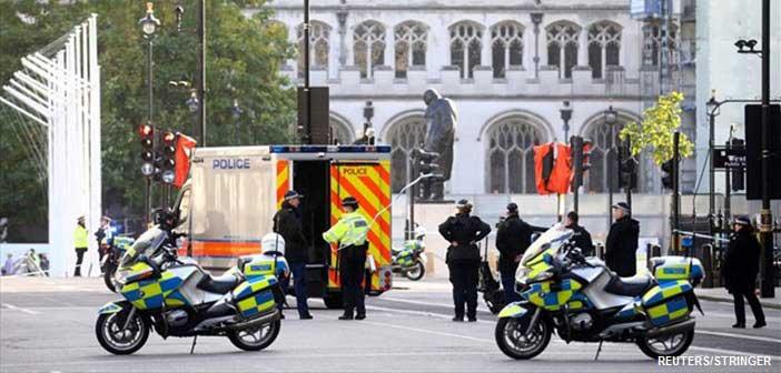 Βρετανία: Εντοπίστηκαν 39 πτώματα σε κοντέινερ φορτηγού