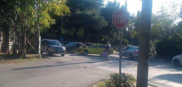 Ένα ακόμη τροχαίο στη Χαρ. Τρικούπη και Λεβίδου στην Κηφισιά – Επέμβαση του Δήμου ζητούν πολίτες