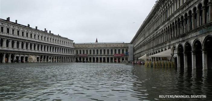 Κύμα κακοκαιρίας και στην Ιταλία, κάτω από νερό η Βενετία