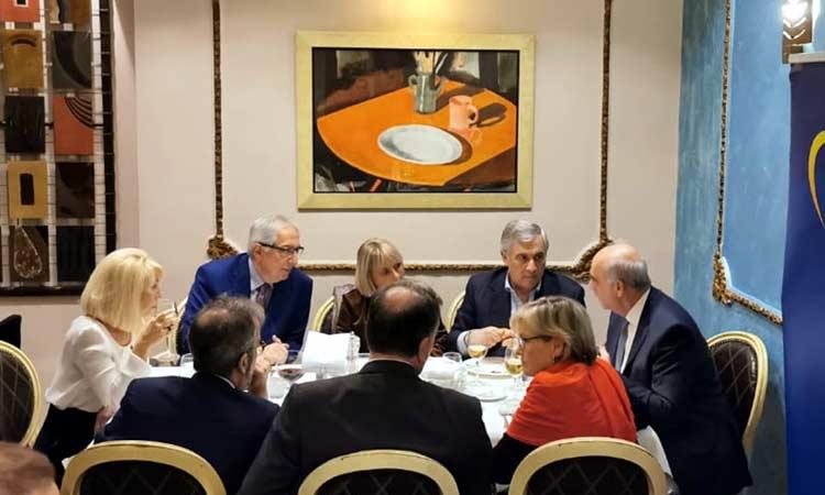 Ο Θ. Αμπατζόγλου συζήτησε με Ευρωπαίους αξιωματούχους για τις δυνατότητες χρηματοδότησης του Δήμου Αμαρουσίου
