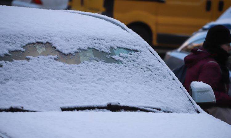 Καιρός: Πτώση της θερμοκρασίας, καταιγίδες και χιόνια την Τρίτη