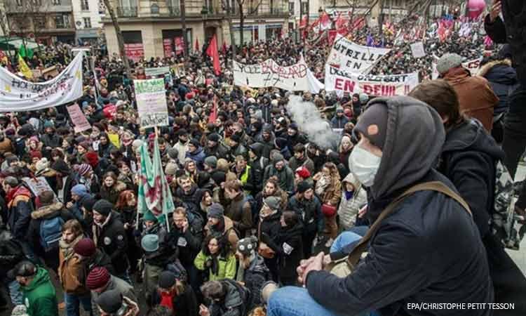 Γαλλία: Στους δρόμους οι πολίτες κατά της ασφαλιστικής μεταρρύθμισης Μακρόν