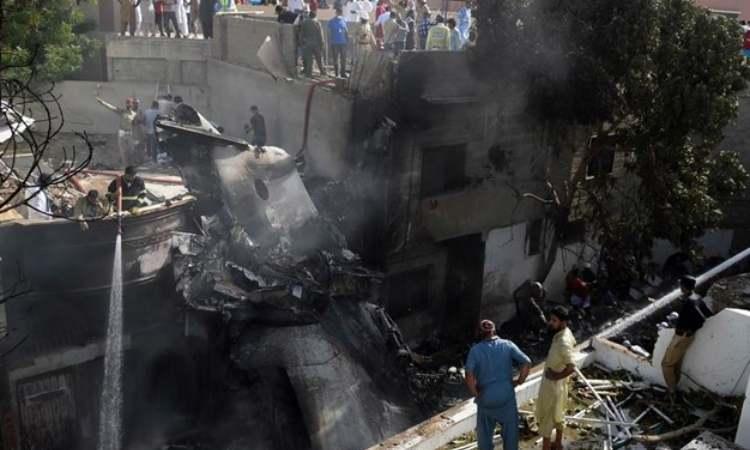 Πακιστάν: Στους 97 οι νεκροί από τη συντριβή του Α320