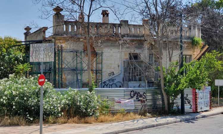 Ολοκληρώθηκαν οι εργασίες προσωρινής στήριξης της Βίλας Κεφαλληνού στο Χαλάνδρι
