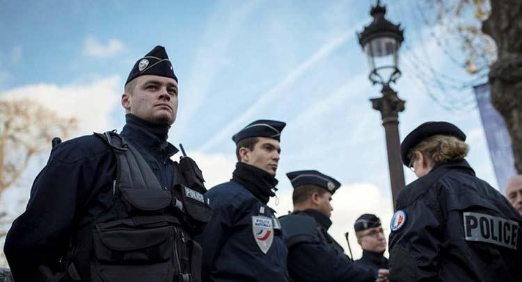 Γαλλία: Σε 231 απελάσεις υπόπτων για «εξτρεμιστικές θρησκευτικές πεποιθήσεις» προχωρούν οι Αρχές