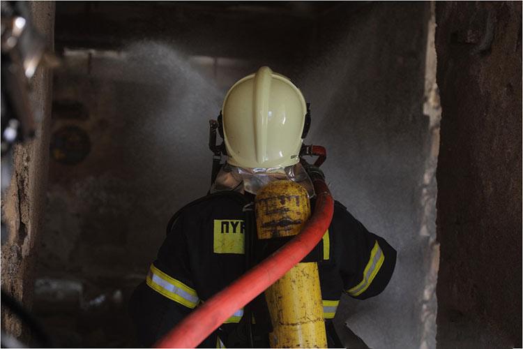 Φωτιά σε υπόγειο χώρο στάθμευσης στη Μεταμόρφωση
