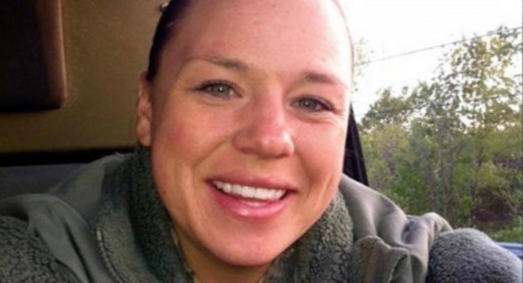 «Ήθελαν το κορμί της και πήραν την ψυχή της» – Αμερικανίδα στρατιώτης αυτοκτόνησε μετά από ομαδικό βιασμό