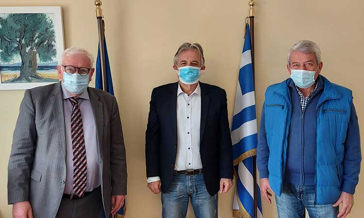 Για την ψηφιακή εξυπηρέτηση και την ασφάλεια του πολίτη συνομίλησαν Β. Γιαννακόπουλος και Π. Ιωάννου
