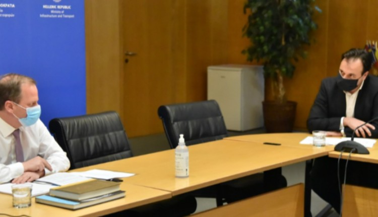 Θετικά μηνύματα από τη συνάντηση του προεδρείου της ΚΕΔΕ με τον υπουργό Υποδομών και Μεταφορών Κ. Καραμανλή