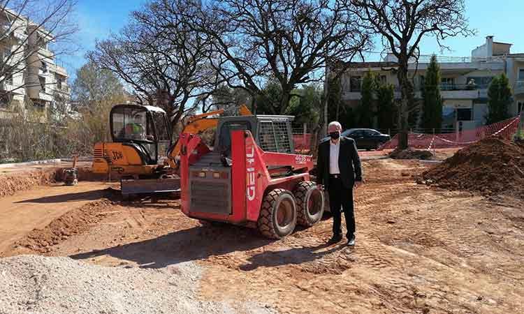 Αυτοψίες δημάρχου Αμαρουσίου σε έργα στην πόλη που βρίσκονται στην τελική φάση παράδοσης