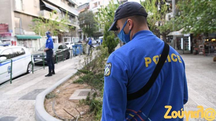 Αστυνομικός κλοιός στις πλατείες της Αθήνας για να σταματήσουν τα πάρτι