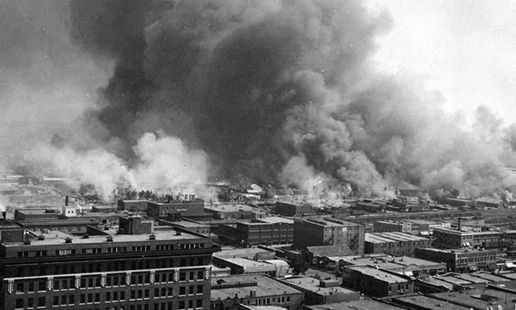 ΗΠΑ: 100 χρόνια από τη σφαγή των Αφροαμερικανών στην Τάλσα – Εκδηλώσεις με την παρουσία του Τζο Μπάιντεν