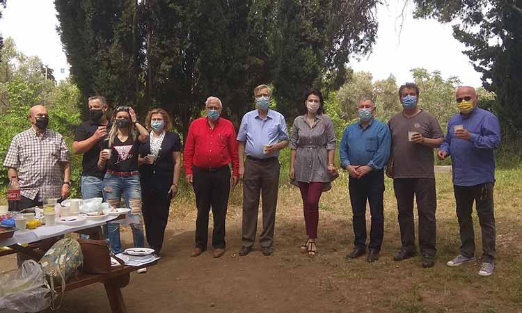 Στον χώρο αναψυχής της Πύρνας στη Λυκόβρυση ο αντιπρόεδρος του Συλλόγου «Γοργιπία» του  προαστίου Vityazevo του Δήμου Ανάπας Ρωσίας