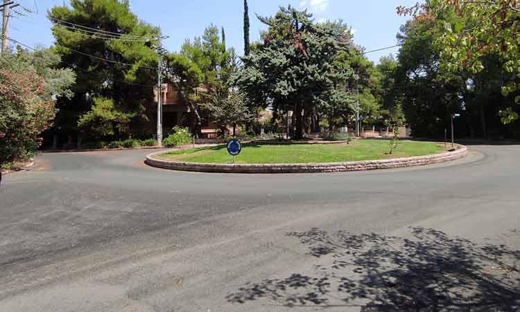 Στην Εκάλη συνεχίζεται το πρόγραμμα ασφαλτοστρώσεων του Δήμου Κηφισιάς