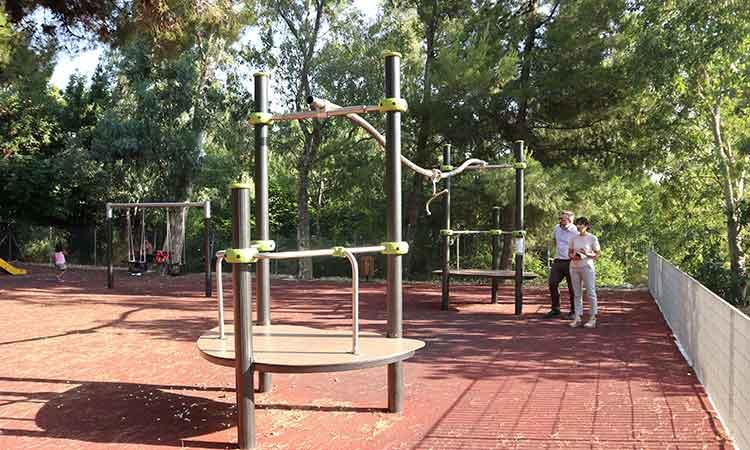 Αναβαθμίζεται αθλητικά η Πεντέλη: Νέο υπαίθριο γυμναστήριο και σύγχρονοι ηλεκτρονικοί πίνακες στο κλειστό