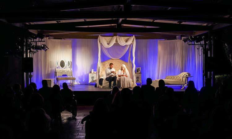 Με «Το Νυφικό Κρεβάτι» συνεχίστηκε η 2η βραδιά θεάτρου στη Βορέειο Βιβλιοθήκη Αμαρουσίου