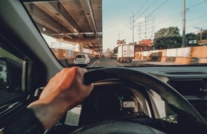 MMDA recommends 'carpooling' if you want to drive your cars on number coding days during GCQ