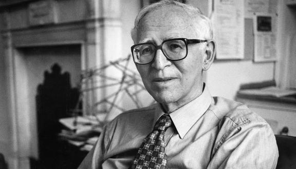 1982년 노벨상을 수상한 영국의 화학자 아론 클루그