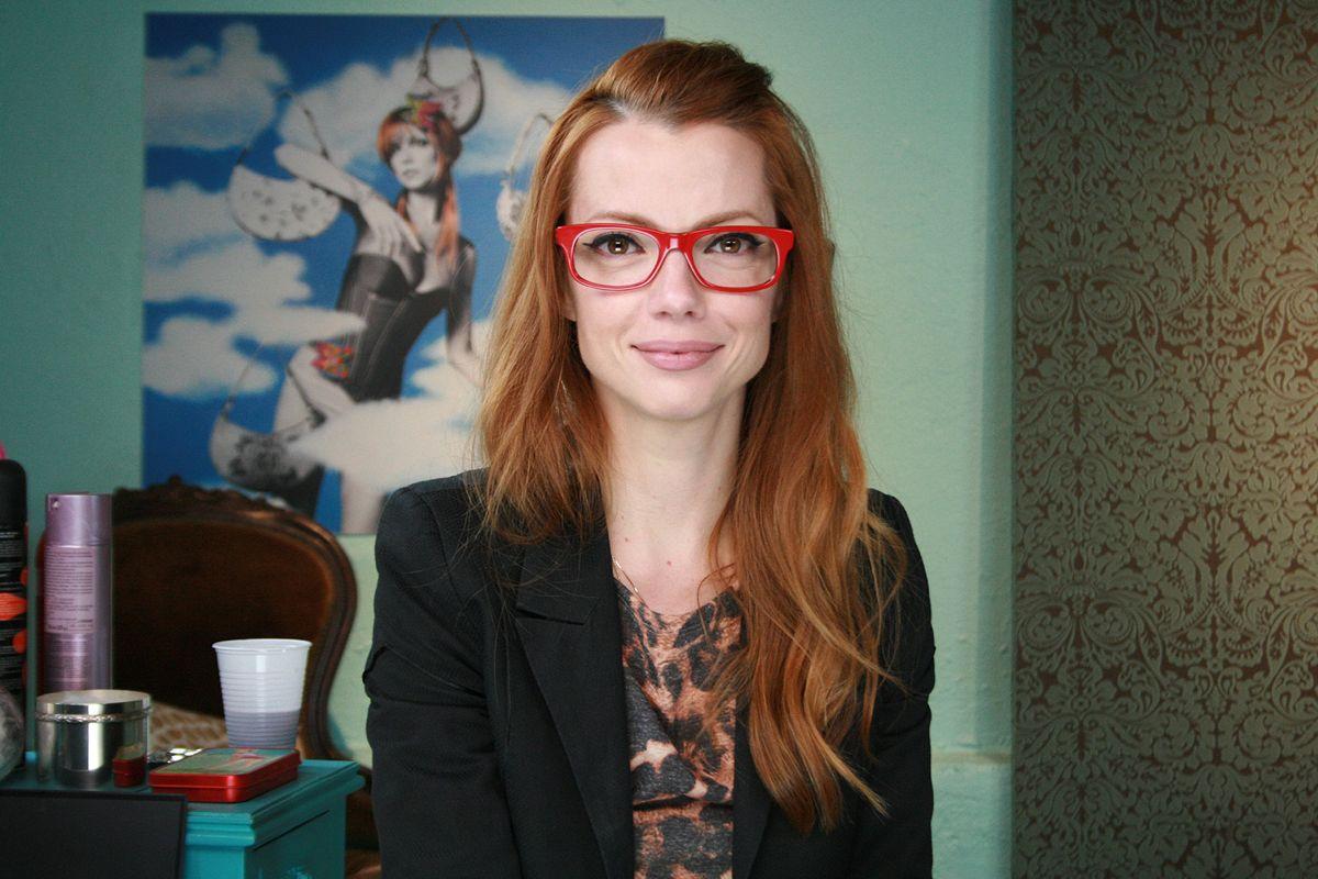 O que eles pensam sobre – Mulheres que usam óculos – EOH b6d51b1be1