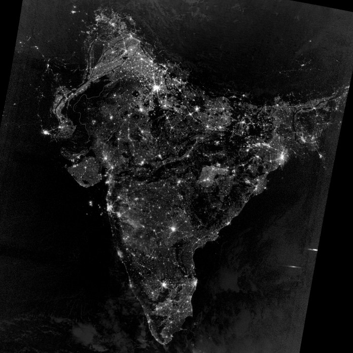 fake-real-piture-photo-of-india-on-diwali-night-from-space-nasa
