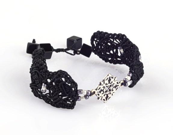 VIOLAINE Bracelet au crochet fait main