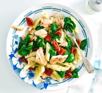 salmon-spinach-pasta