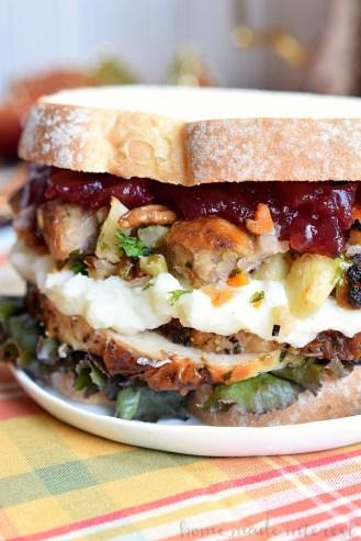 thanksgiving-leftover-sandwich_vertical