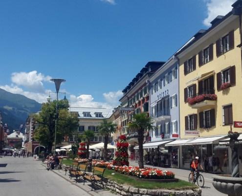 la bella e colorata piazza di Lienz