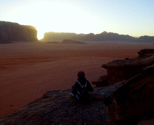 attesa del tramonto nel Wadi Rum
