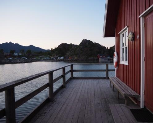 paesaggio di mezzanotte alle Lofoten