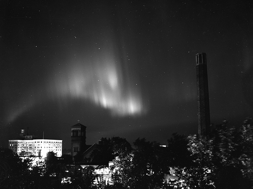 Aurora over Mason City, Iowa, spawned by a geomagnetic storm that started 18 September 1941.