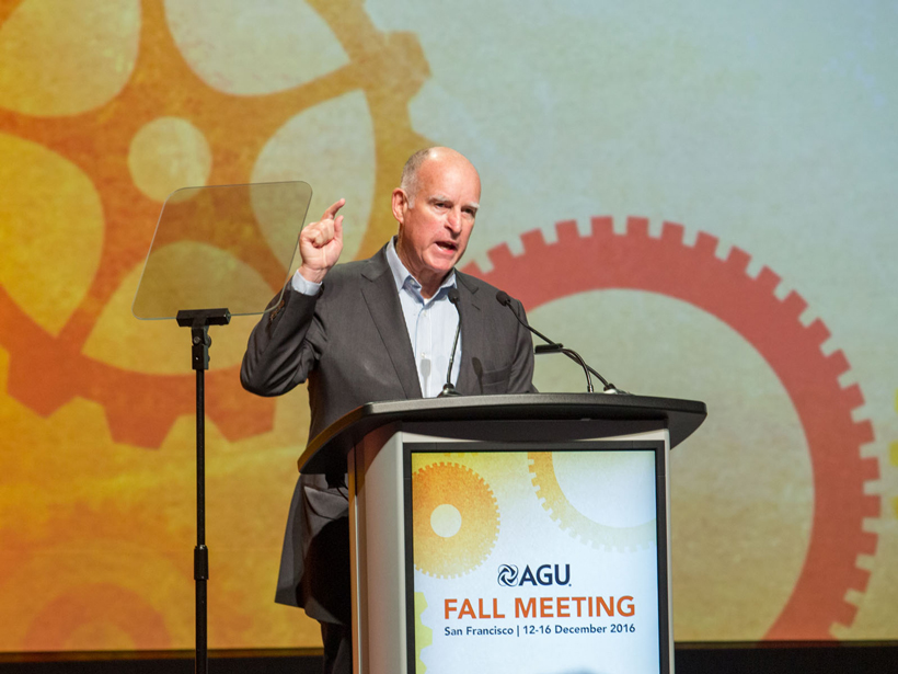 California governor Jerry Brown addresses a roomful of scientists at AGU's 2016 Fall Meeting.
